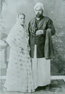 Mr. and Mrs. Abe Friesen, first missionaries to India