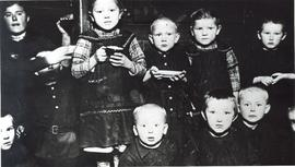 Refugee children, 1920