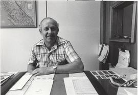 Willie Baerg at his desk