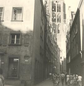 Bentlergasse with view of Marienkirche