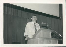Edwin Friesen speaking at a session