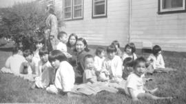 Clearwater Lake Sanatorium patients outside