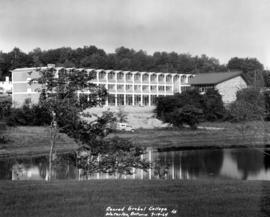 Conrad Grebel College, 1964