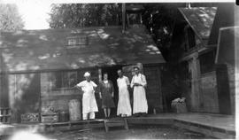 Kitchen staff at the Seymour camp