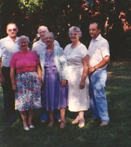 Couples from Ontario at the 1993 Plymouth Victory reunion