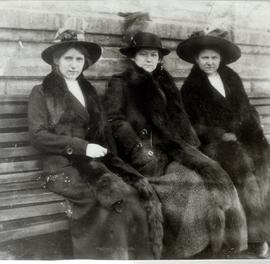 Sisters of Nicholas J. Fehderau, Manja, Tina, and