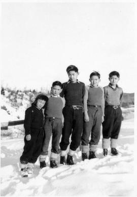 Japanese-Canadian pupils at Neys