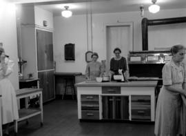 Women preparing a meal in the kitchen of Braeside Home