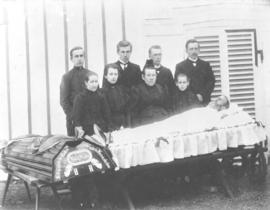 Funeral photograph of Heinrich Harder