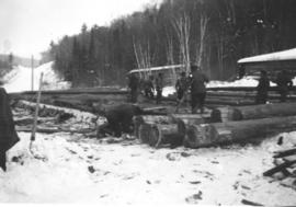 Working with logs at Montreal River