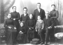 Wendell and Anna (Bowman) Shantz family