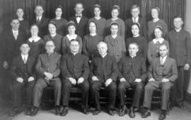 OMBS graduating class and faculty, 193-