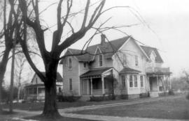 Residence of S.F. Coffman and family in Vineland