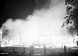 Fire at Mrs. Jonas Bauman's barn between St.  St. Jacobs and Elmira, Ontario