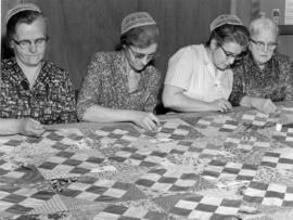 St. Jacobs Mennonite Church women make quilt for relief sale