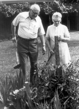 Nelson and Ada Litwiller in their garder at