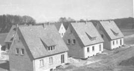 A group of 6 single houses built by Pax men