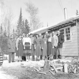 Group of Mennonite Pioneer Mission workers and others
