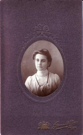 Susannah (Susie) Shantz, later married Frank