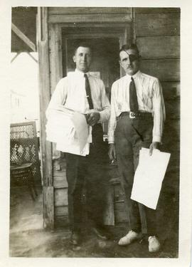 Two American Mennonite Relief Workers in Russia
