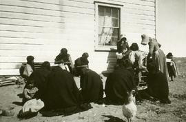 Martha Voth holding a sewing class for Hopi women