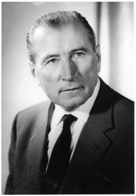 Dr. Walter Quiring