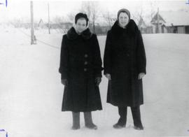 Two Mennonite women in Siberia