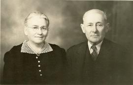Anniversary picture of Isaak Dyck and Maria Dyck (Pankratz )