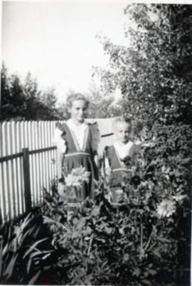 Heidi and Edith at 46 Cobourg Ave