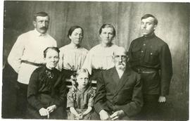 Photograph of Peter Dyck and Family