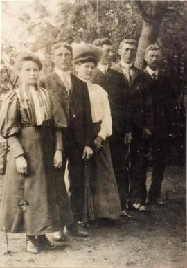 Klippenstein siblings