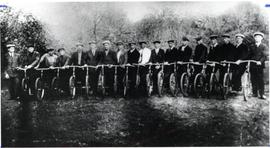 Mennonite bicyclists