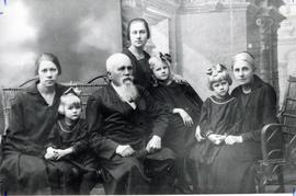 Rev. Gerhard Harder and family