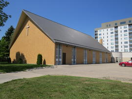 Springfield Heights Mennonite Church, Exterior view toward the west