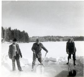 Peter, Dietrich & Wally (on the lake in winter)