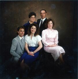 Elaine and Harry Thiessen family