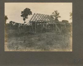 Bergfeld: the Isaak Doerksen house under construction
