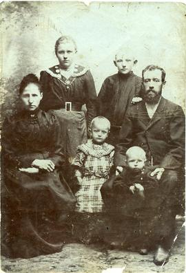 Johann Giesbrecht with his family