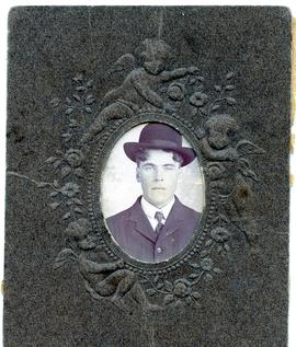 Young man wearing hat