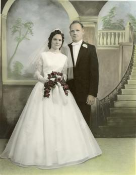 The formal wedding picture of Edith and Alfred, 1960