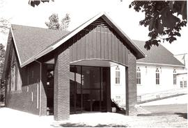 Entrance to the Dallas Mennonite Brethren Church building