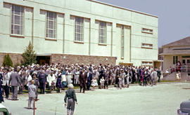 Dedication of Reedley Mennonite Brethren Church building, 4 May 1952