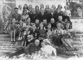 Mennonite school children and teachers at a school in Konteniusfeld, Molotschna, ca. 1940-1941