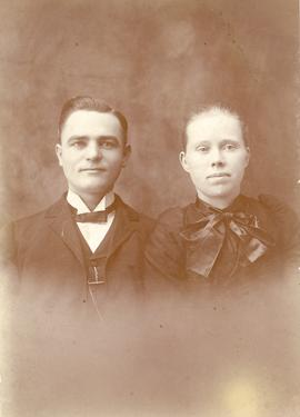 Wedding portrait of Peter F. Duerksen and Anna Balzer, 1890