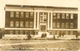 Women's dormitory building, Tabor College