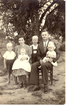 Abram Jantz and his wife with their children
