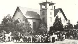 Group photograph in front of Reedley Mennonite Brethren Church