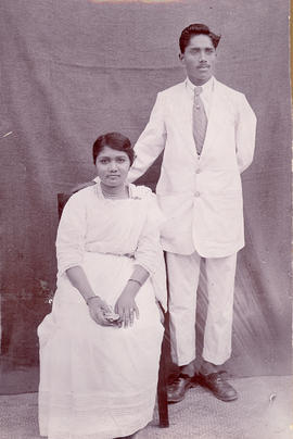 A newly-married Christian couple in India