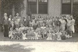 Children and teachers, Minneapolis Mennonite Brethren Church
