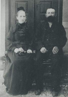 Peter and Gertrude (Wiens) Rogalsky